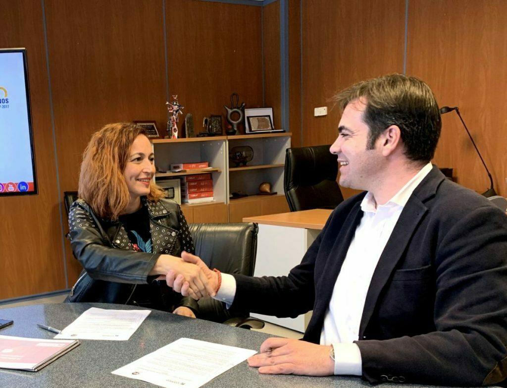 AJE Tenerife y Coarco firman un acuerdo de colaboración